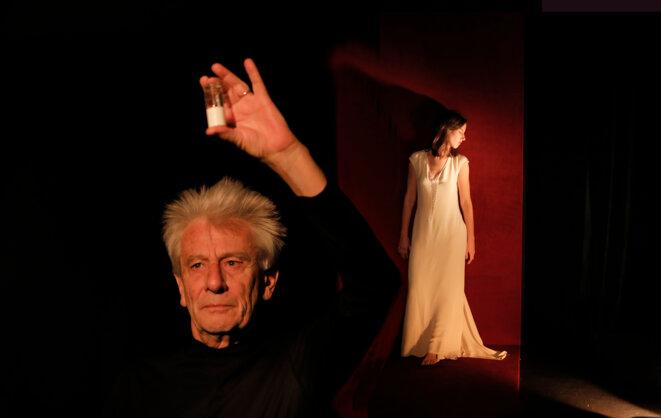 "Scène de ""Madame se meurt!"" © Pascal Victor"