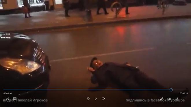 Moscou, Pierre HAFFNER agressé par le FSB © Nikolay Igrokov