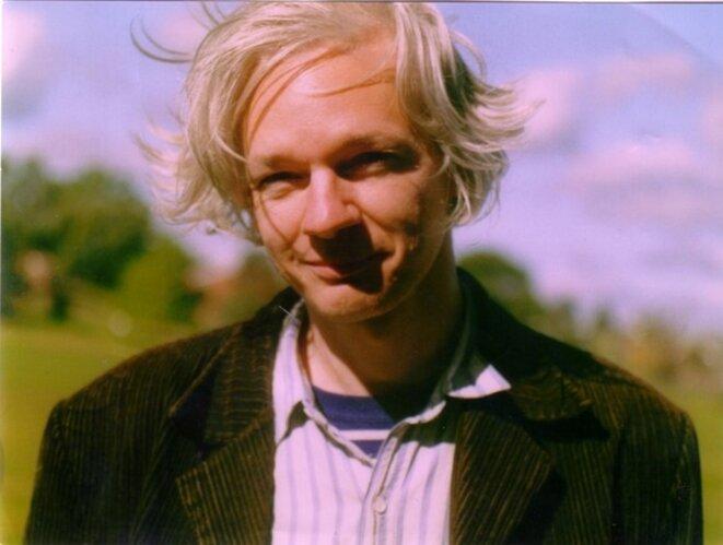 L'homme Julian Assange trahi par ses avocats