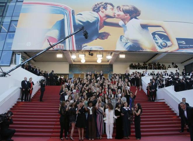Montée 100 % féminine des marches du Festival de Cannes, le 12 mai 2018, pour réclamer la parité et l'égalité salariale dans le cinéma. © Reuters