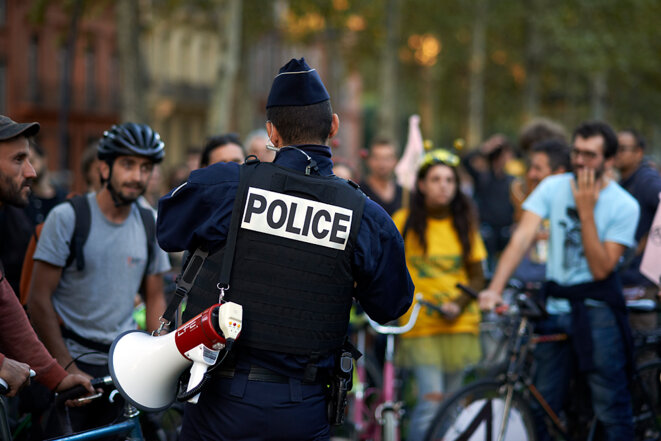 Manifestation XR cornaquée par la police à Toulouse © Jean B.