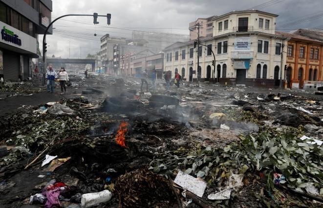 Quito después de la manifestación del 9 de octubre de 2019. © Reuters