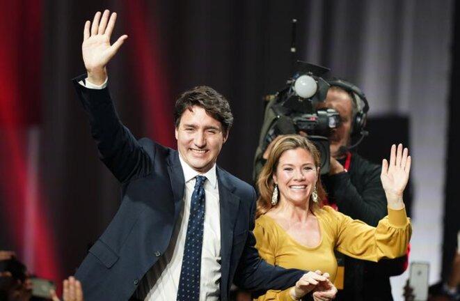 Le premier ministre canadien Justin Trudeau et son épouse, Sophie Grégoire Trudeau, à Montréal (Canada) le 22 octobre. © REUTERS/Carlo Allegri