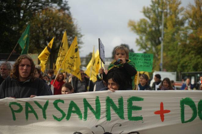 Tête de cortège de la manifestation «Pour une autre PAC», le 22 octobre 2019 à Strasbourg © Amélie Poinssot