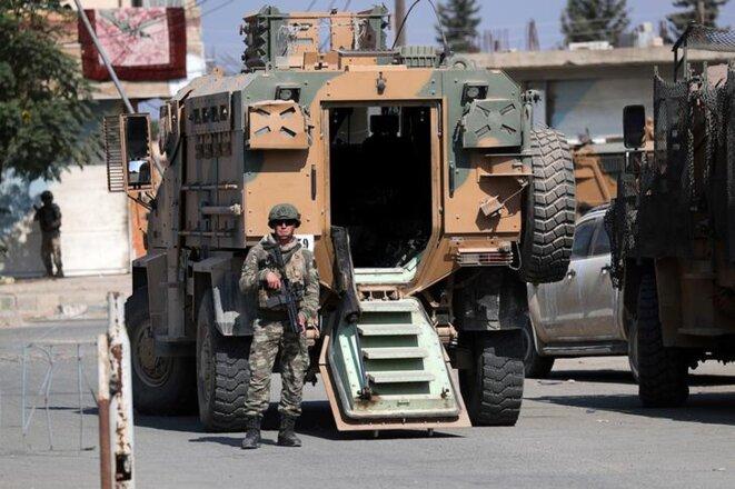Un soldat turc dans la ville syrienne de Tel Abyad le 23 octobre 2019.
