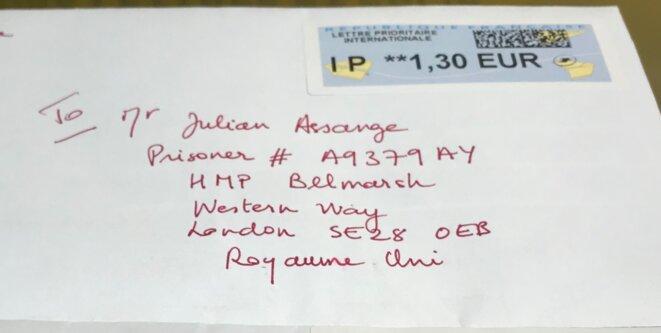 Une bouteille à la mer, écrire à Julian Assange, quand même