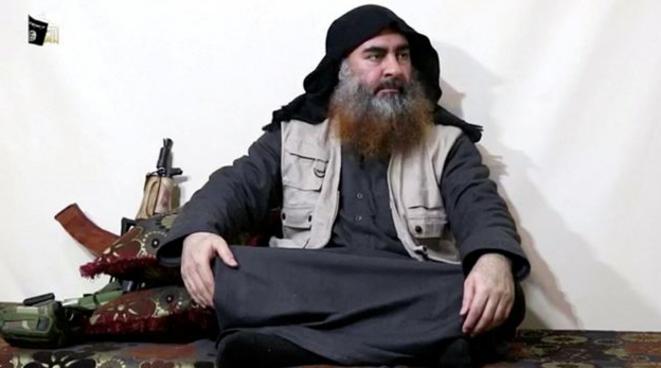 Le chef de l'État islamique Abou Bakr al-Baghdadi, dans une vidéo diffusée en avril 2019.