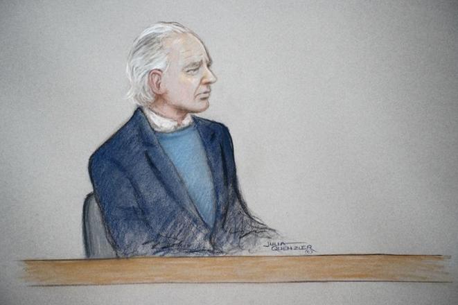 Un dessin de Julian Assange durant l'audience du 21 octobre. © Reuters/Julia Quenzler/Handout