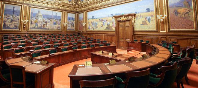 Conseil d'État : salle de l'Assemblée générale (2016). © D'après: Conseil d'État/Flickr, lic. CC-BY 2.0