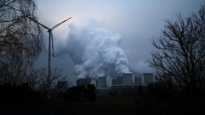 La centrale thermique de Jänschwalde dans le bassin minier de Lausace en janvier 2019. © REUTERS/Hannibal Hanschke