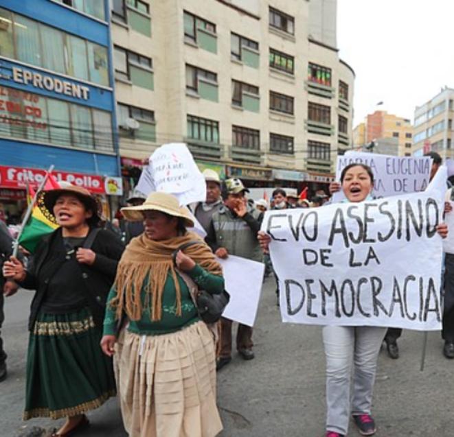 evo-asesino-democracia