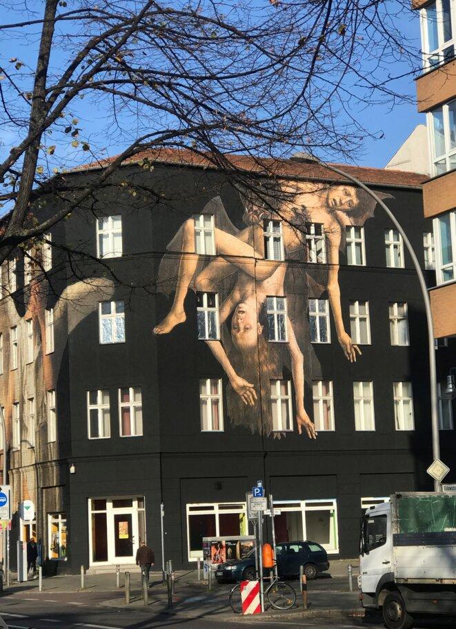 Sur BülowStrasse, dans le quartier de Schöneberg, près du Musée Urban-Nation (street art)