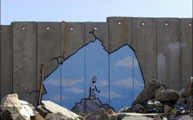 Art Attack - Banksy - Palestine mur près de Qalandiya - juillet 2005