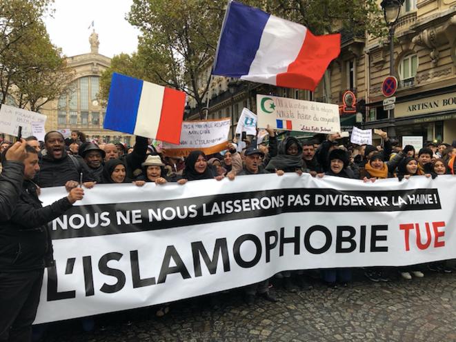 Lors de la manifestation contre l'islamophobie, à Paris, le 10 novembre 2019. © EP