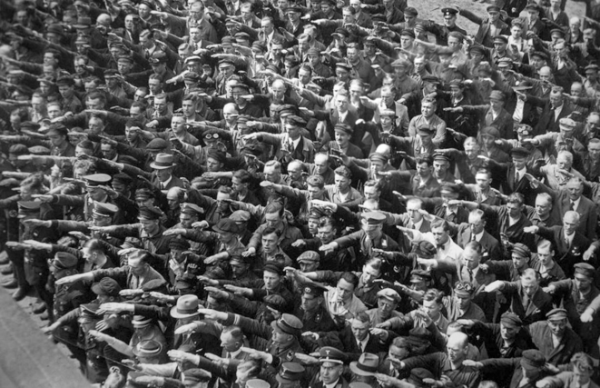 august-landmesser-almanya-1936-circle-removed