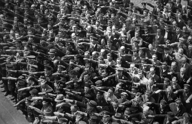 august-landmesser-almanya-1936-circle-removed