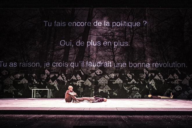 """""""Qui a tué mon père"""", mise en scène et jeu Stanislas Nordey, texte Edouard Louis, création 2019, photographie de répétition © Jean-Louis Fernandez"""