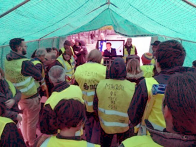 Clermont-Ferrand : Les Gilets jaunes à nouveau dans l'action - Le Club de Mediapart
