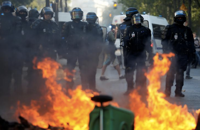 reuters-police-01-1