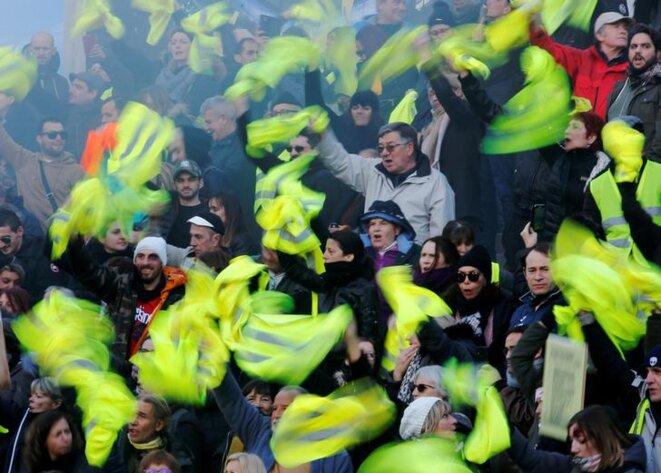 Une manifestation de gilets jaunes à Marseille, le 2 février. © Reuters