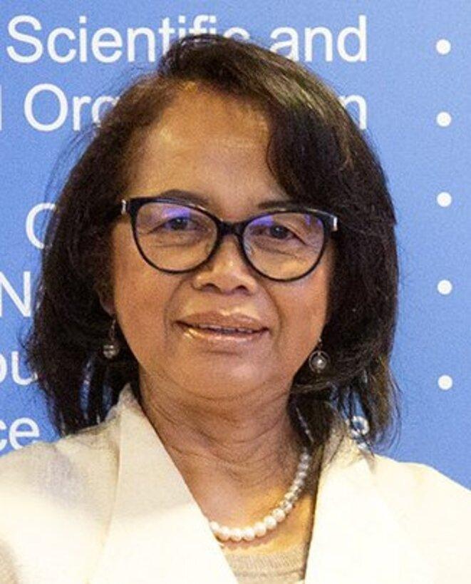40e session de la Conférence générale - Son Excellence Madame Yvette SYLLA,  Ambassadeur Extraordinaire et Plénipotentiaire, Représentant Permanent auprès de l'Organisation des Nations Unies pour l'Education, la Science et la Culture