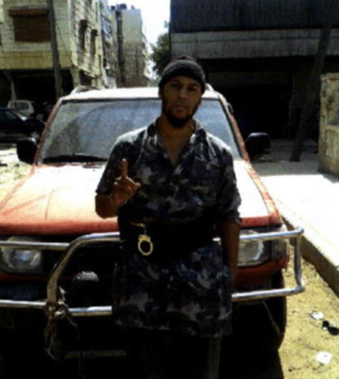 Tyler Vilus au cours de son séjour en Syrie. © DR