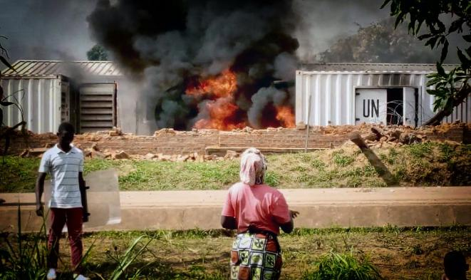 Incendie de la base de la Monusco à Beni © Twitter - DR