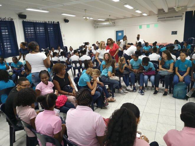 Journée nationale Science de l'ingénieur au féminin - Élèves (filles) du Nord Atlantique de la Martinique au LGT Franz Fanon © Humanity For The World (HFTW)