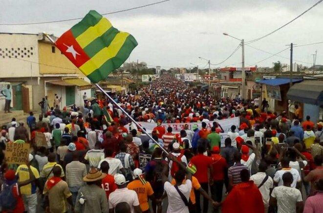 Manifestation dans les rues de Lomé,