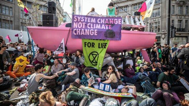 Les protestations des écologistes ont amené les Travaillistes a forcé le Parlement britannique a déclaré une « urgence climatique » en avril dernier.