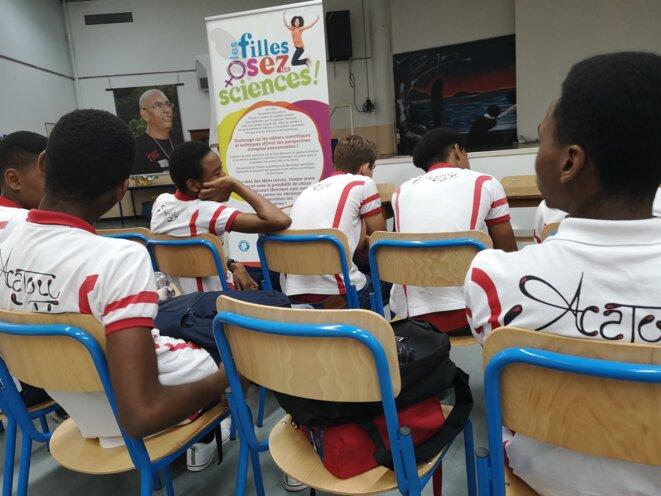 « Les filles osez les Sciences » - Lycée Polyvalent Acajou 2  - Martinique © Humanity For The World (HFTW)