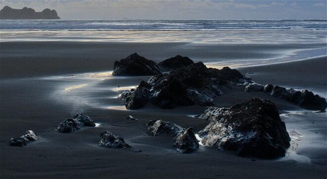 La marée est en noir © Patrice Morel (novembre 2019)