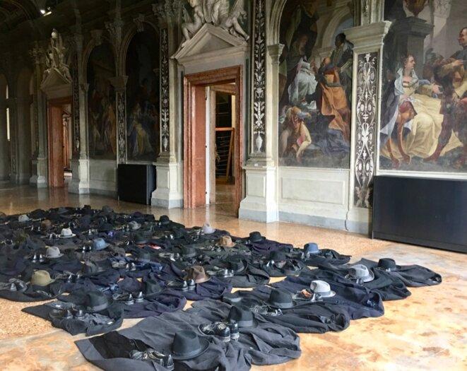 """Jannis Kounellis, Sans titre, 2011, Ca' Corner della Regina, Venise, Exposition """"Jannis Kounelllis"""", Fondazione Prada, 2019. © Photo : Agostino Osio - Alto Piano Courtesy Fondazione Prada"""