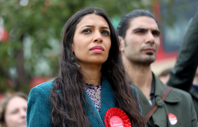 Faiza Shaheen le 28 septembre 2019 sur sa circonscription de Chingford (Grand Londres). © Reuters / Simon Dawson.