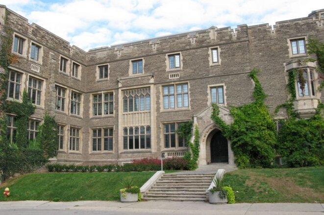 Hamilton Hall à l'Université McMaster.  Photo: Wiki Commons