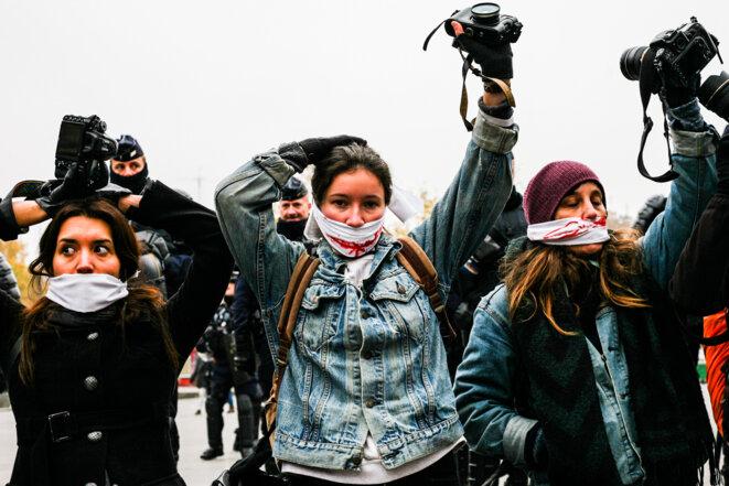 Illustration des membres de reporters en colère © Emilien SCHELY