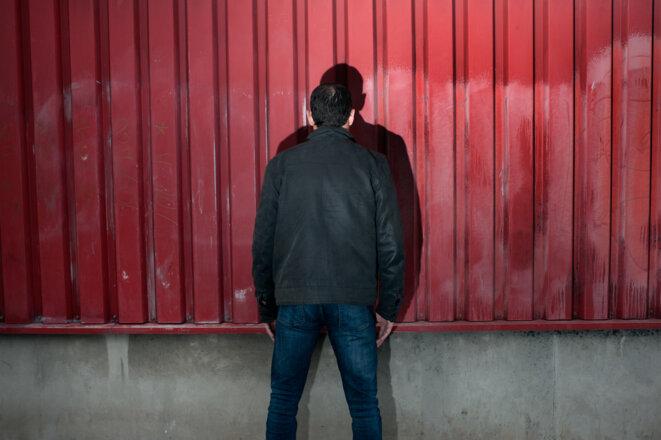 Pendant l'adolescence, Maxime est resté muré dans le silence. © Martina Cirese pour Disclose