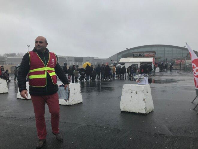 Laurent Loiseau, agent de circulation, le 8 décembre. © JP