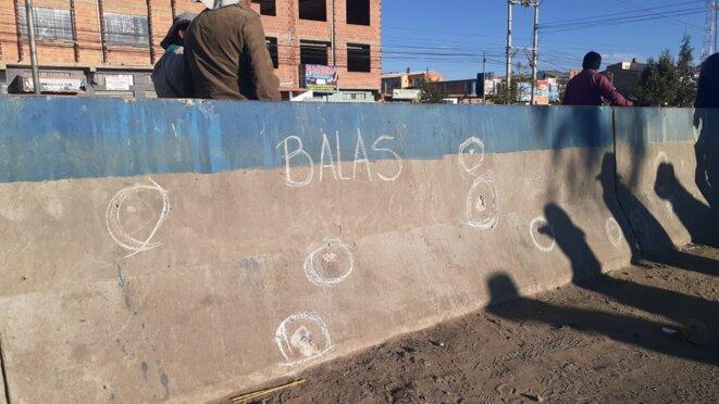 Impacts de balles sur un mur à Senkata © Tejido Cultura Viva Comunitaria Bolivia