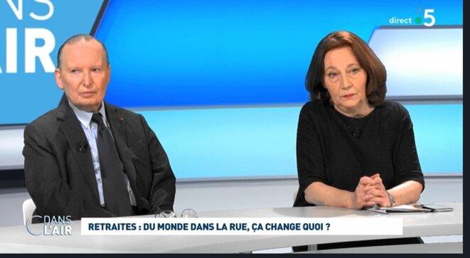 """Raymond Soubie et Françoise Fressoz sur France (""""C dans l'air"""")"""