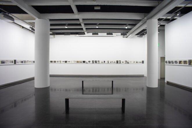 """Vue de l'exposition """"Les infamies de Sigmar Polke"""", LE BAL, Paris, 2019. © LE BAL/ Matthieu Samadet"""