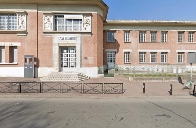 L'entrée du lycée d'Alembert, à Aubervilliers (Seine-Saint-Denis). © Capture Google Street View