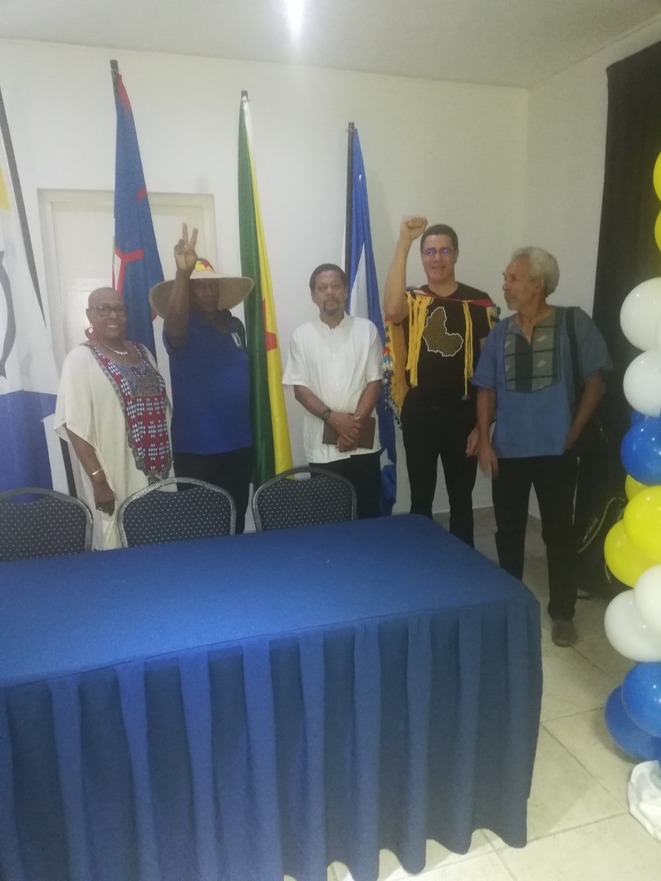 À gche : Mme Corine Duffis (San Andres & Old Providencia), R Raymond Charlotte, Dr Carlyle G. Carlyle Corbin, Maurice Pindard Maurice Captains Dons Habitat. 07.12.2019. Bonaire.