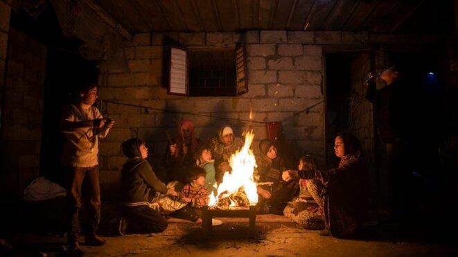 famille-palestinienne-khan-younes-hiver
