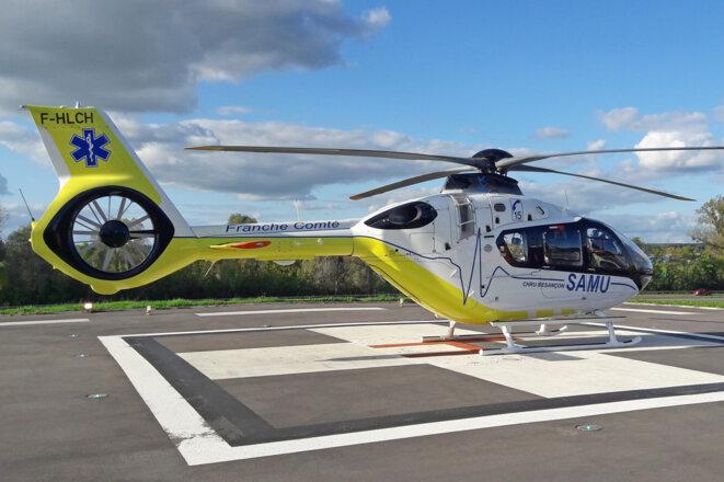 Dragon blanc - Hélicoptère du SAMU