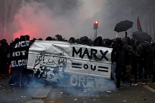 Manifestación parisina contra la reforma del sistema de pensiones, el 5 de diciembre de 2019. © Reuters