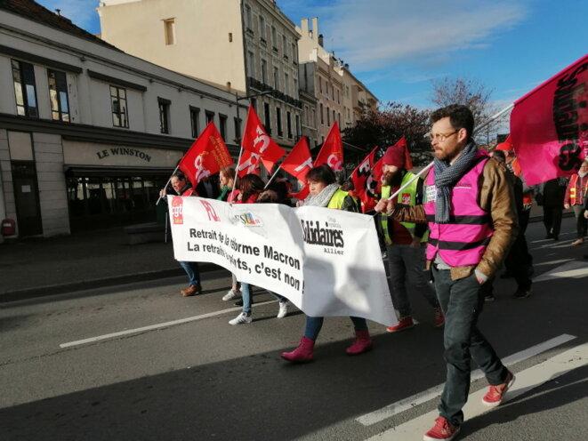 La tête de manif le 9 janvier à Montluçon
