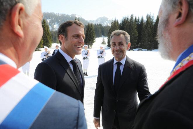 Emmanuel Macron et Nicolas Sarkozy, en mars 2019, sur le plateau des Glières. © Ludovic Marin/Pool/AFP