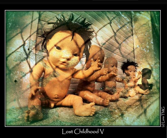 Lost Childhood V / Enfance perdue © Luna TMG
