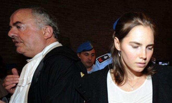 Le Procureur Mignini et Amanda Knox, procès en appel © The Guardian